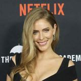 Avatar of Jordan Claire Robbins
