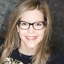 Avatar of Lisa Loeb